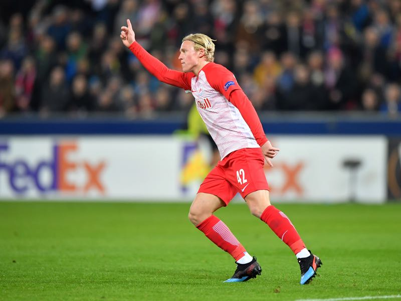 Xaver Schlager of RB Salzburg celebrates after scoring his team's first goal during the UEFA Europa League Round of 32 Second Leg match between RB Salzburg and Club Brugge at Red Bull Arena on February 21, 2019 in Salzburg, Austria. (Photo by Sebastian Widmann/Bongarts/Getty Images )