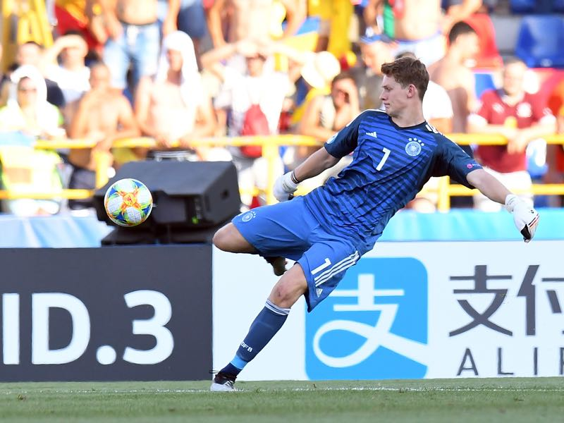 Alexander Nübel of Germany in action during the 2019 UEFA U-21 Semi-Final match between Germany and Romania at Stadio Renato Dall'Ara on June 27, 2019 in Bologna, Italy. (Photo by Alessandro Sabattini/Getty Images )