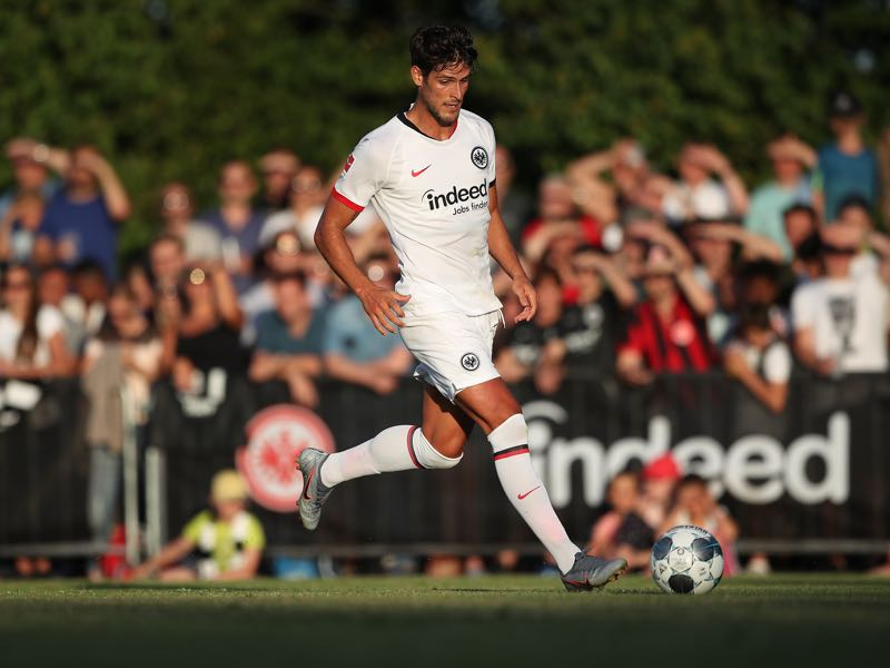 Goncalo Paciencia of Eintracht Frankfurt in action during the pre-season friendly match between DJK Bad Homburg and Eintracht Frankfurt at Stadion des Sportzentrum NordWest on July 4, 2019 in Bad Homburg, Germany. (Photo by Christian Kaspar-Bartke/Bongarts/Getty Images)