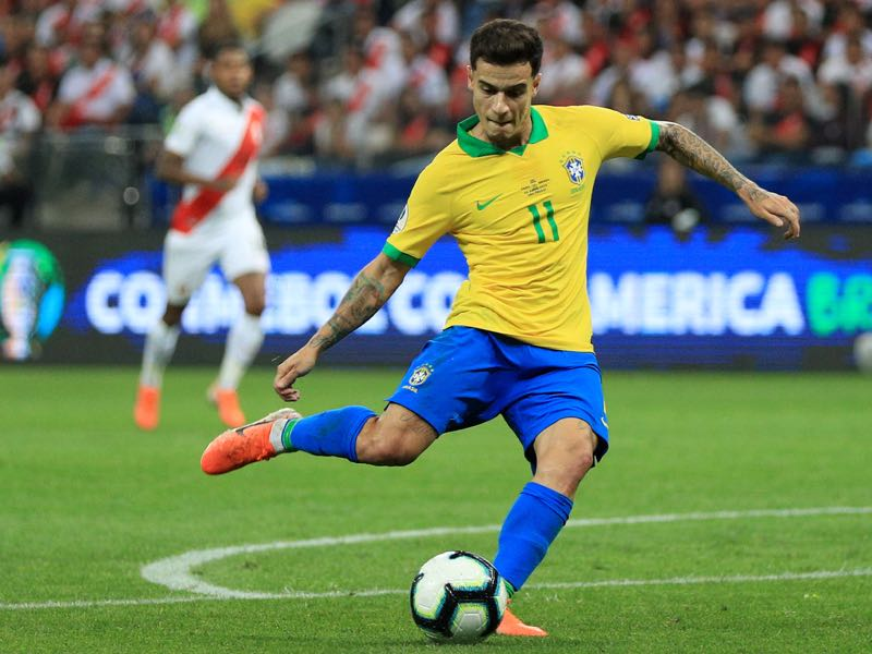 Philippe Coutinho of Brazil kicks the ball during the Copa America Brazil 2019 group A match between Peru and Brazil at Arena Corinthians on June 22, 2019 in Sao Paulo, Brazil. (Photo by Buda Mendes/Getty Images)