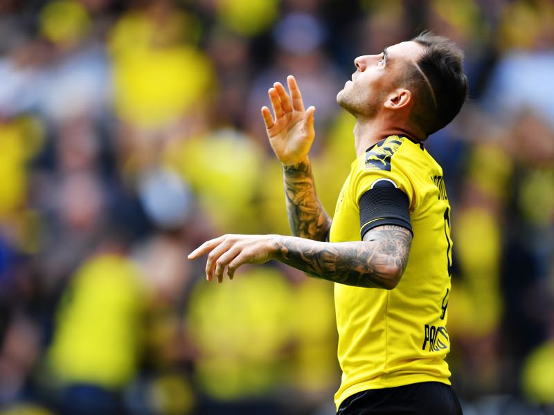 Dortmund v Augsburg - Paco Alcacer of Borussia Dortmund celebrates scoring his sides first goal during the Bundesliga match between Borussia Dortmund and FC Augsburg at Signal Iduna Park on August 17, 2019 in Dortmund, Germany. (Photo by Stuart Franklin/Bongarts/Getty Images)