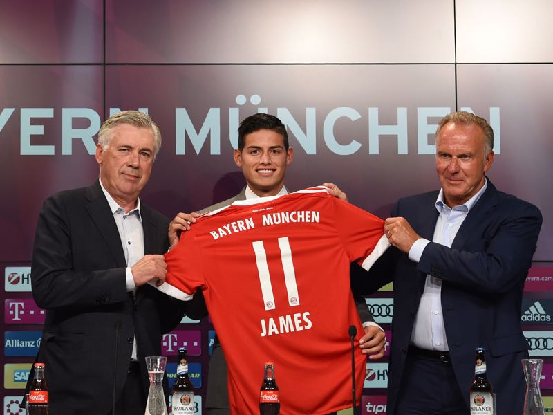 James Rodríguez after completing his move to Bayern München. (CHRISTOF STACHE/AFP/Getty Images)